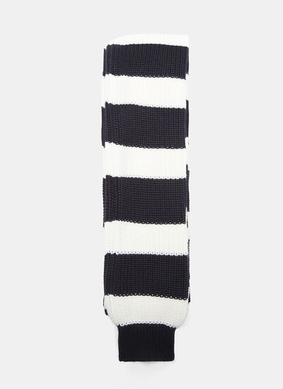 Striped Extra-Long Sleeved Knit Scarf