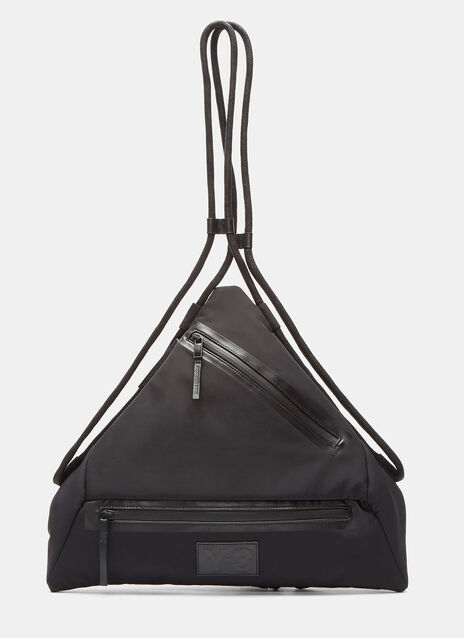 Qasa Triangle Bag