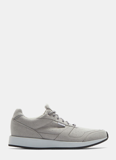 LUNGE TRAINERS CLASSIC WALK IN SILVER GREY
