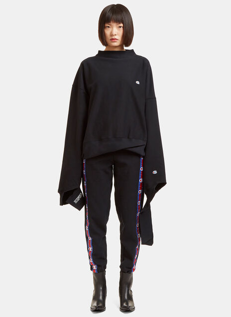 Champion In Progress Oversized Sweater
