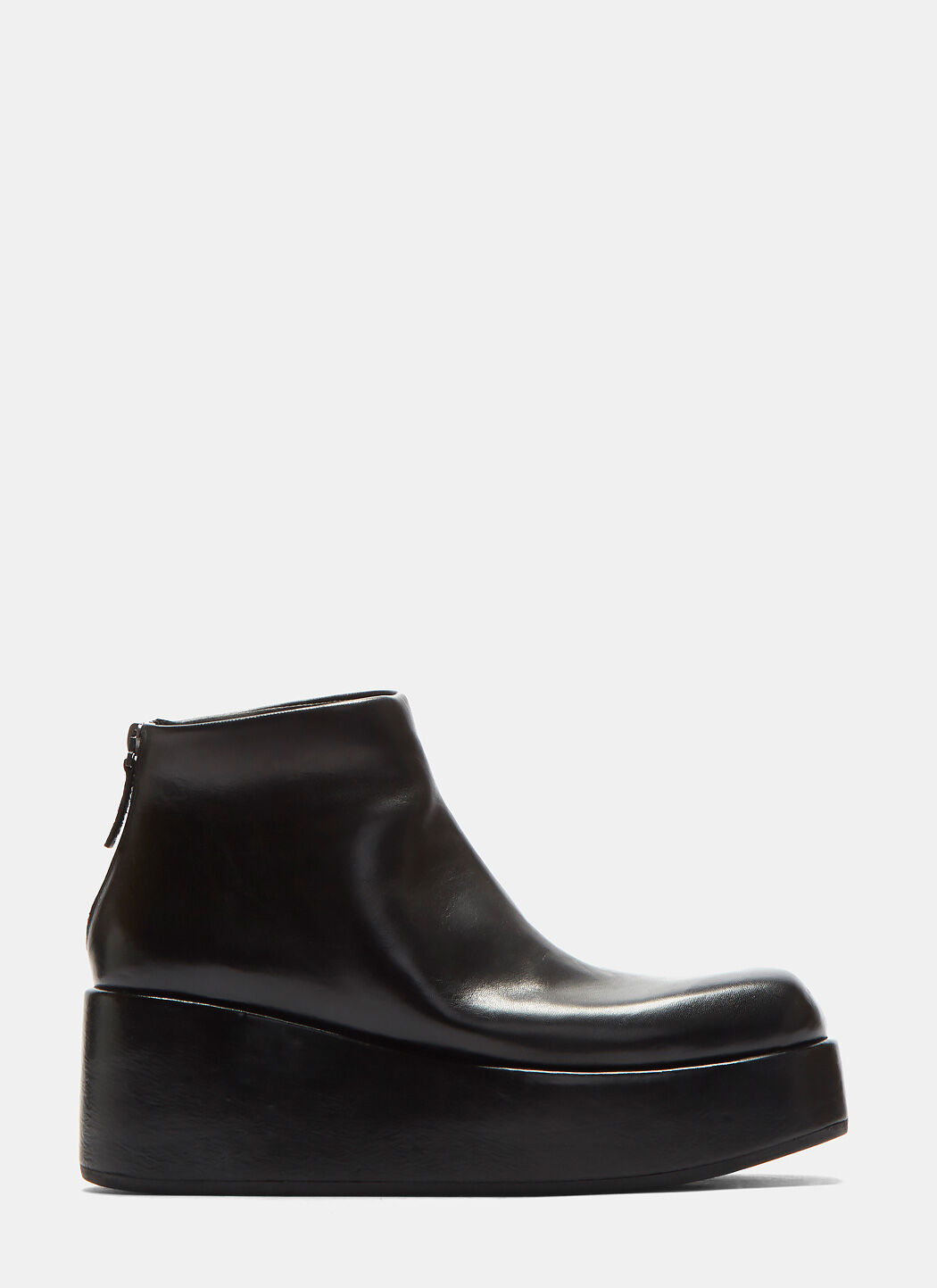 Leather Zipped Platform Boots in Black
