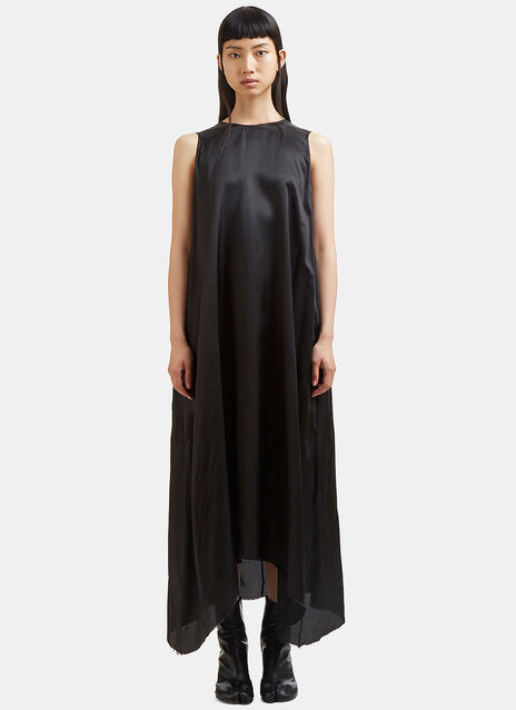 Long Lining Raw-Cut Sleeveless Dress