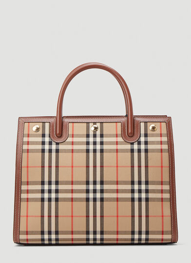 버버리 Burberry Title Vintage-Check Tote Bag in Beige