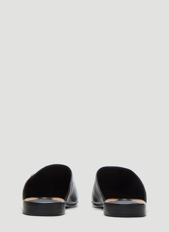 c3deeadc07dea Gucci NY Yankees Patch Slippers in Black