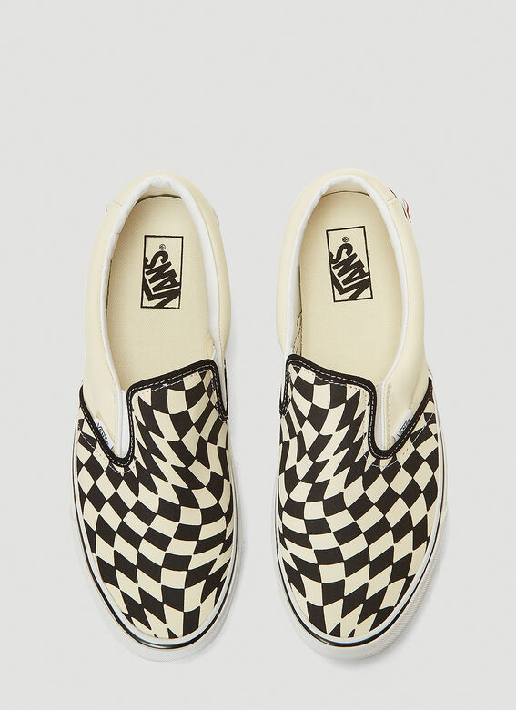 Vans UA Classic Slip-On Twist Sneakers 2