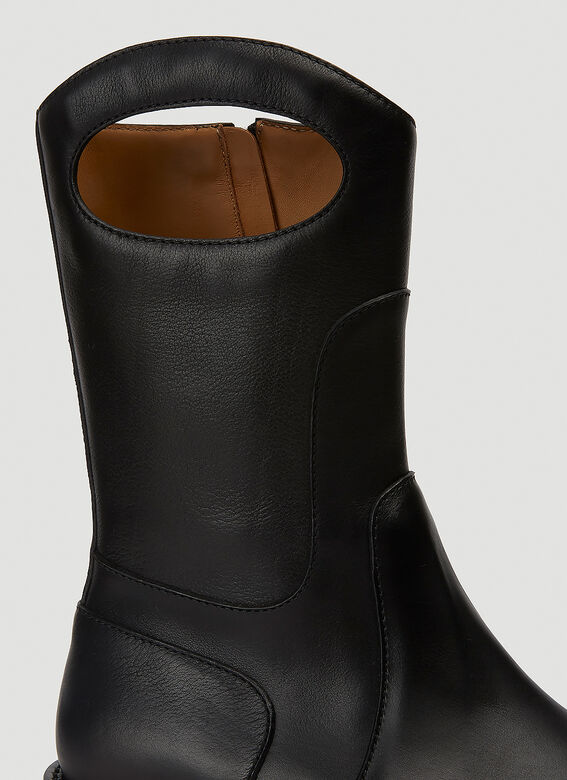 Burberry ALL LOOKS: Ankle Boot with Handle 5