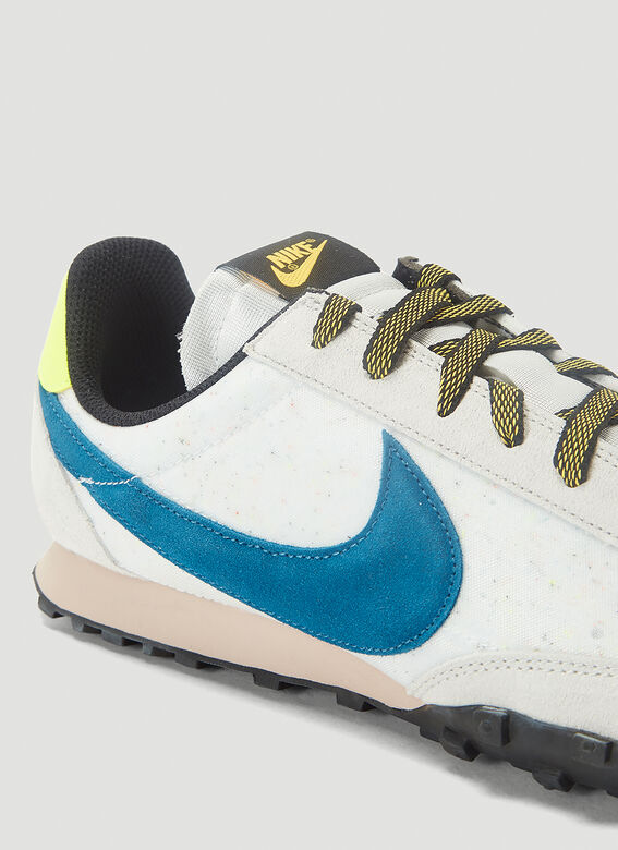 NIKE Suedes Waffle Racer Sneakers in White