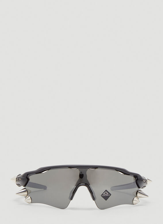 VETEMENTS X Oakley Spikes 200 Sunglasses 1