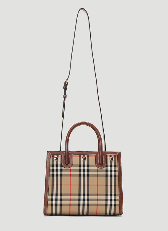 Burberry LL BABY TITLE DH V2C:116269 5
