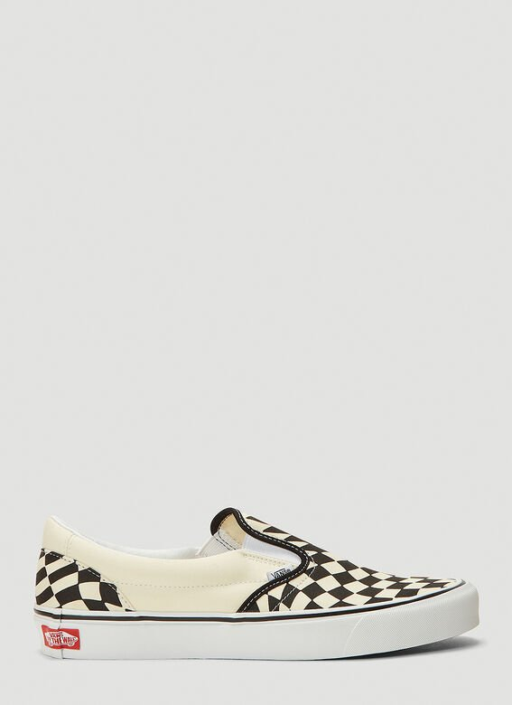 Vans UA Classic Slip-On Twist Sneakers 1