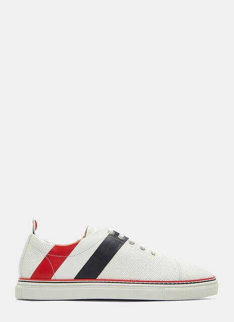 Diagonal Striped Pebble Grained Sneakers