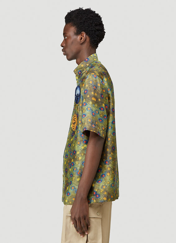 Burberry LOOK 19: Short sleeve printed 'fish scales' silk twill 'Boy' fit shirt 3