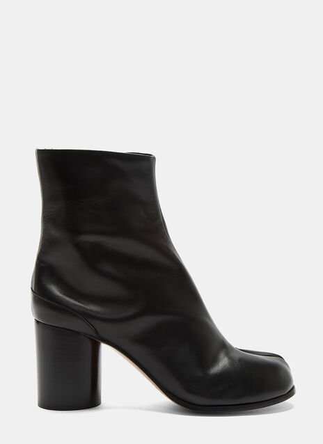 Hooked Tabi Boots