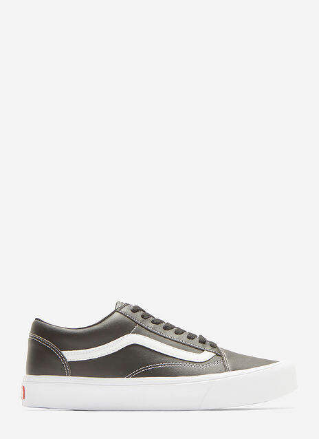 Vans Classic Old Skool Sneakers