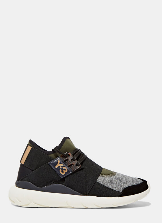 Women s Qasa Elle Lace-Up Sneakers in Black and Grey bfbee0853