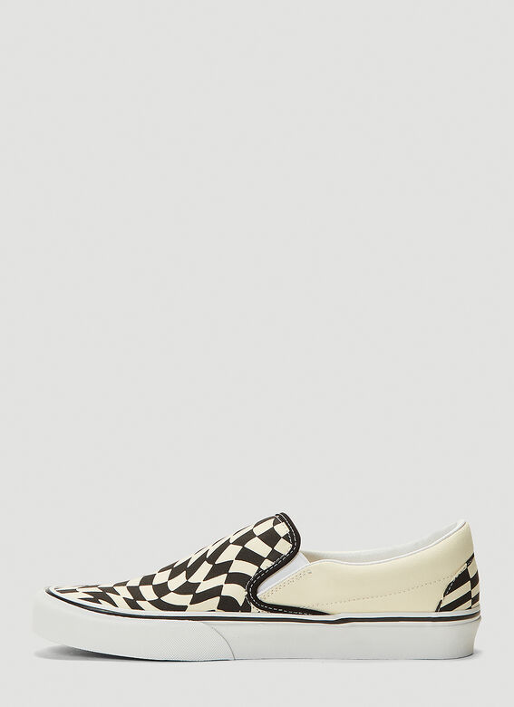 Vans UA Classic Slip-On Twist Sneakers 3