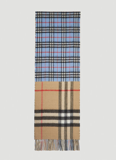 버버리 Burberry Contrast Check Scarf in Blue