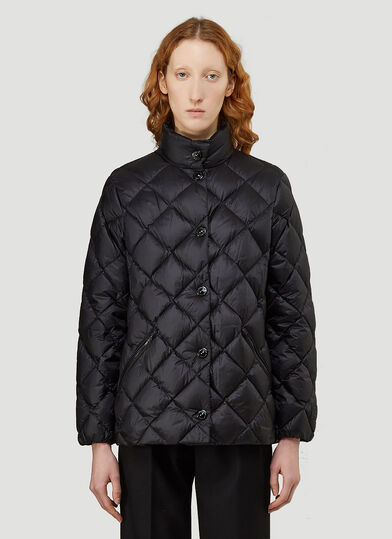 버버리 Burberry Oswestry Quilted Jacket in Black