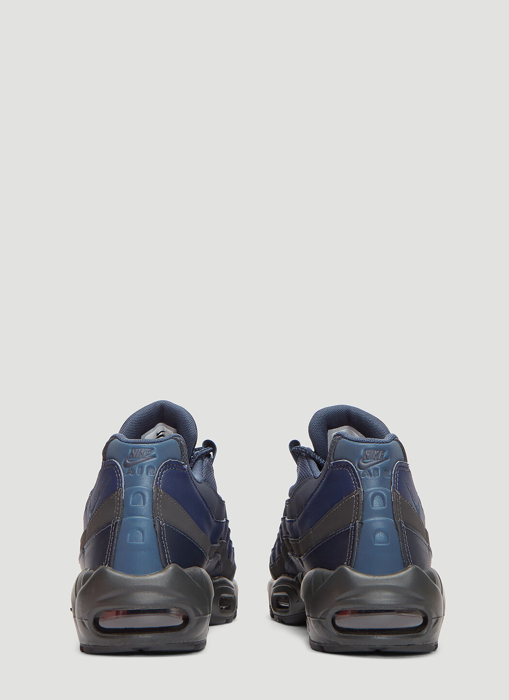 NIKE AIR MAX 95 ESSENTIAL Kie Ney AMAX 95 essential sneakers 749,766 407 men's shoes navy [load planned Shinnyu load in reservation product 1013