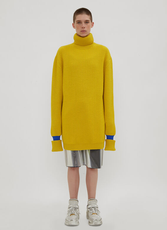 Maison Margiela Marilyn Oversized Ribbed Knit Sweater