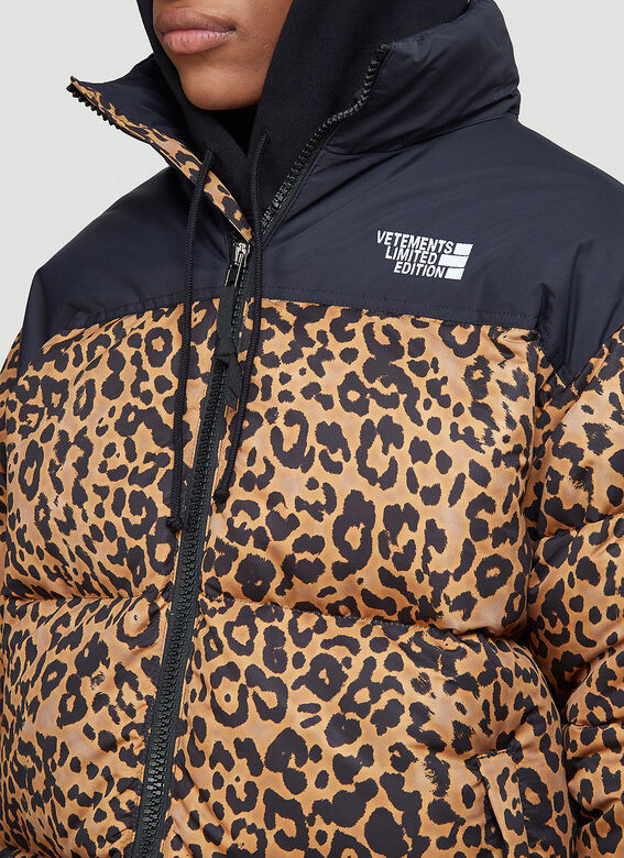 Vetements Logo Limited Edition Puffer Jacket 5