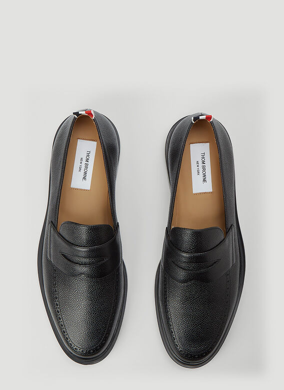 Thom Browne PENNY LOAFER W/ TONAL LIGHTWEIGHT RUBBER SOLE IN PEBBLE GRAIN 2