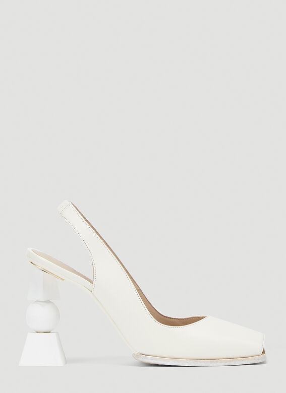 Jacquemus Leathers Les Chaussures Valerie Heeled Pumps in White