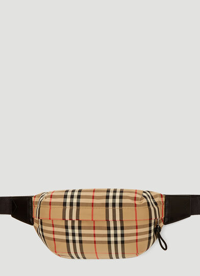 버버리 Burberry Vintage Check Belt Bag in Yellow