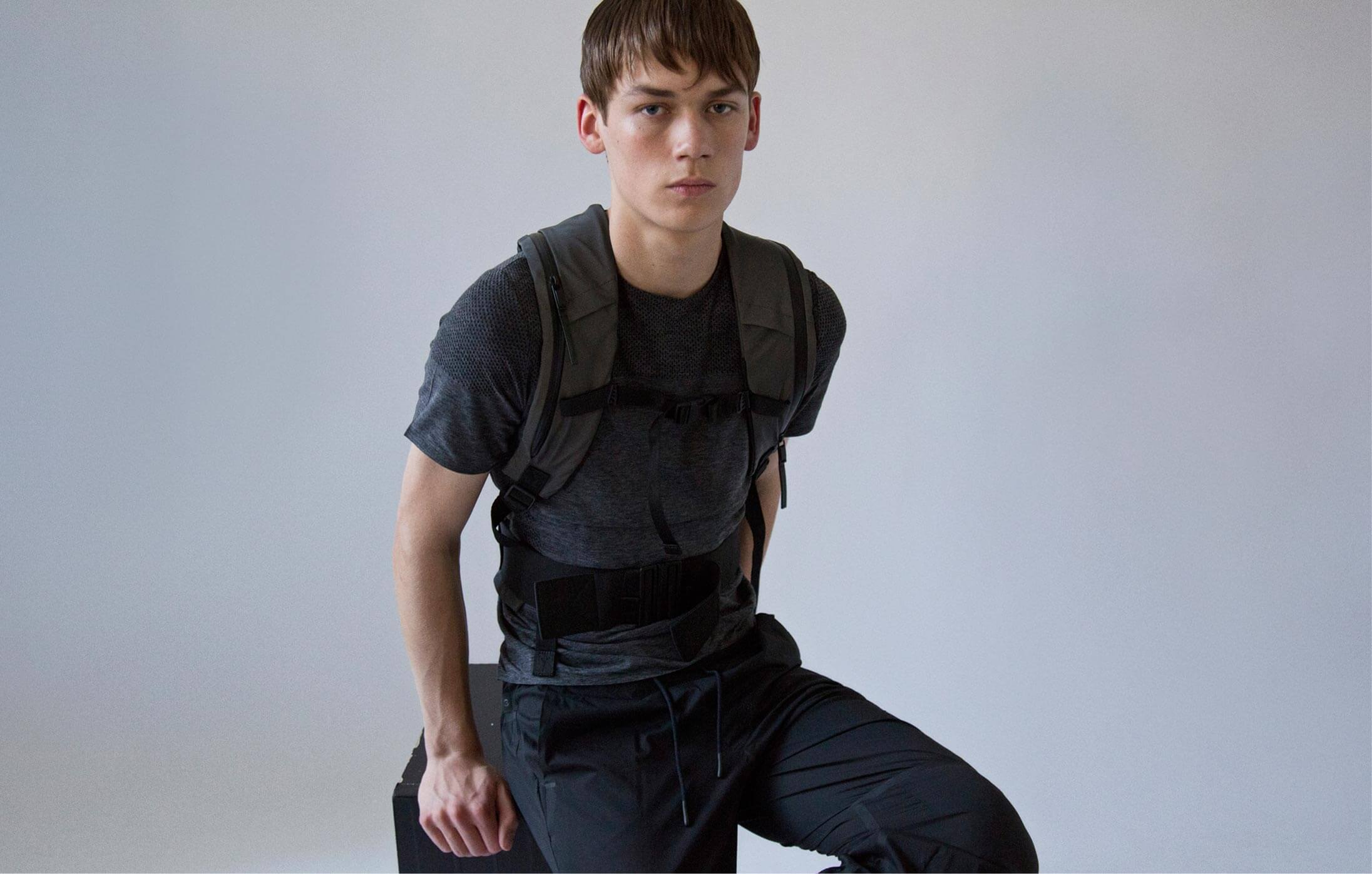 22ca654af8e6 Merino Wool Short Sleeved T-Shirt worn with Running Backpack and Approach  Cropped Track Pants